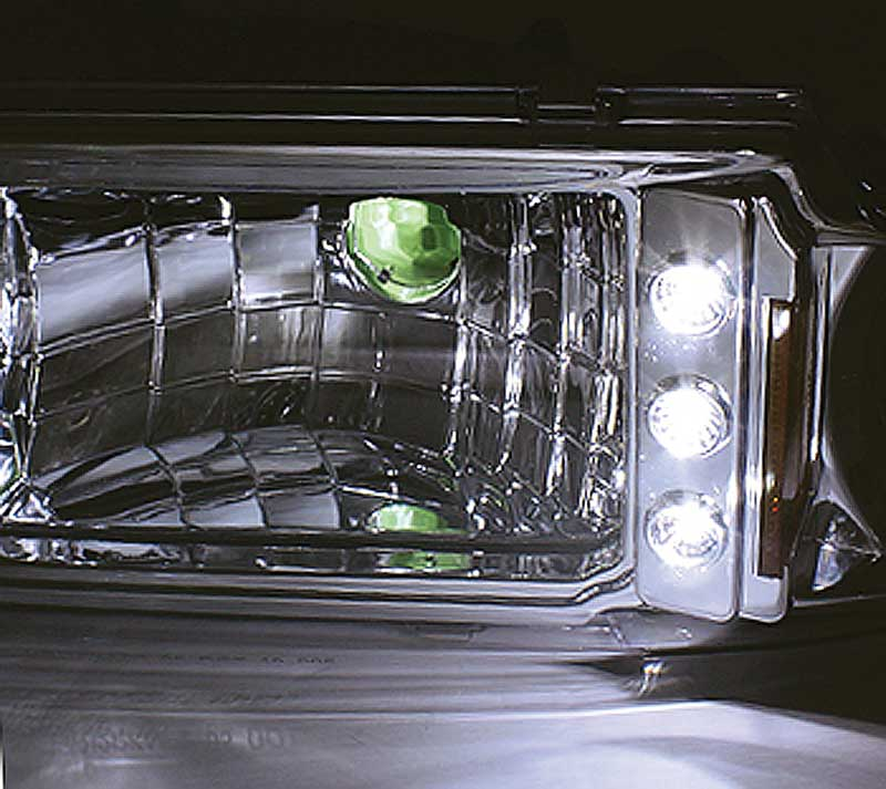 1991-96 Impala / Caprice Chrome 1 Piece LED Crystal Headlights